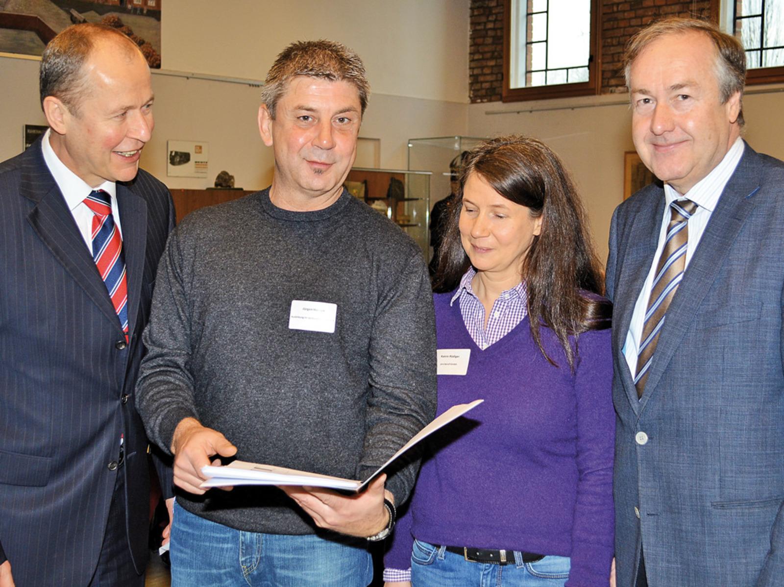 Sie haben das Ausbilderfrühstück mitgestaltet (von links): Reinhard Meyer, Jürgen Hansen, Katrin Rüdiger und Max Matthiesen.