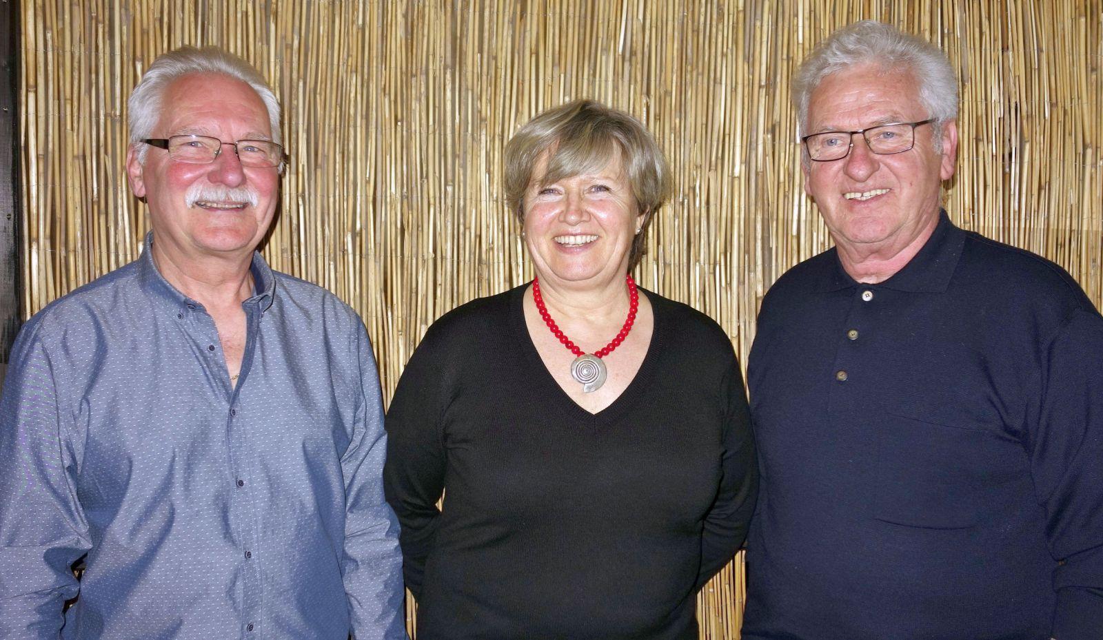 von links Friedel Mück, Edeltraud Funch, Manfred Bauer (2)