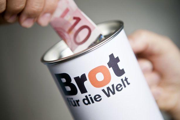 Spenden an Brot für die Welt. Bundesweit haben Spenderinnen und Spender die Arbeit von Brot für die Welt 2015 mit 57,5 Millionen Euro unterstützt. Das sind 1,8 Millionen Euro mehr als im Jahr 2014.
