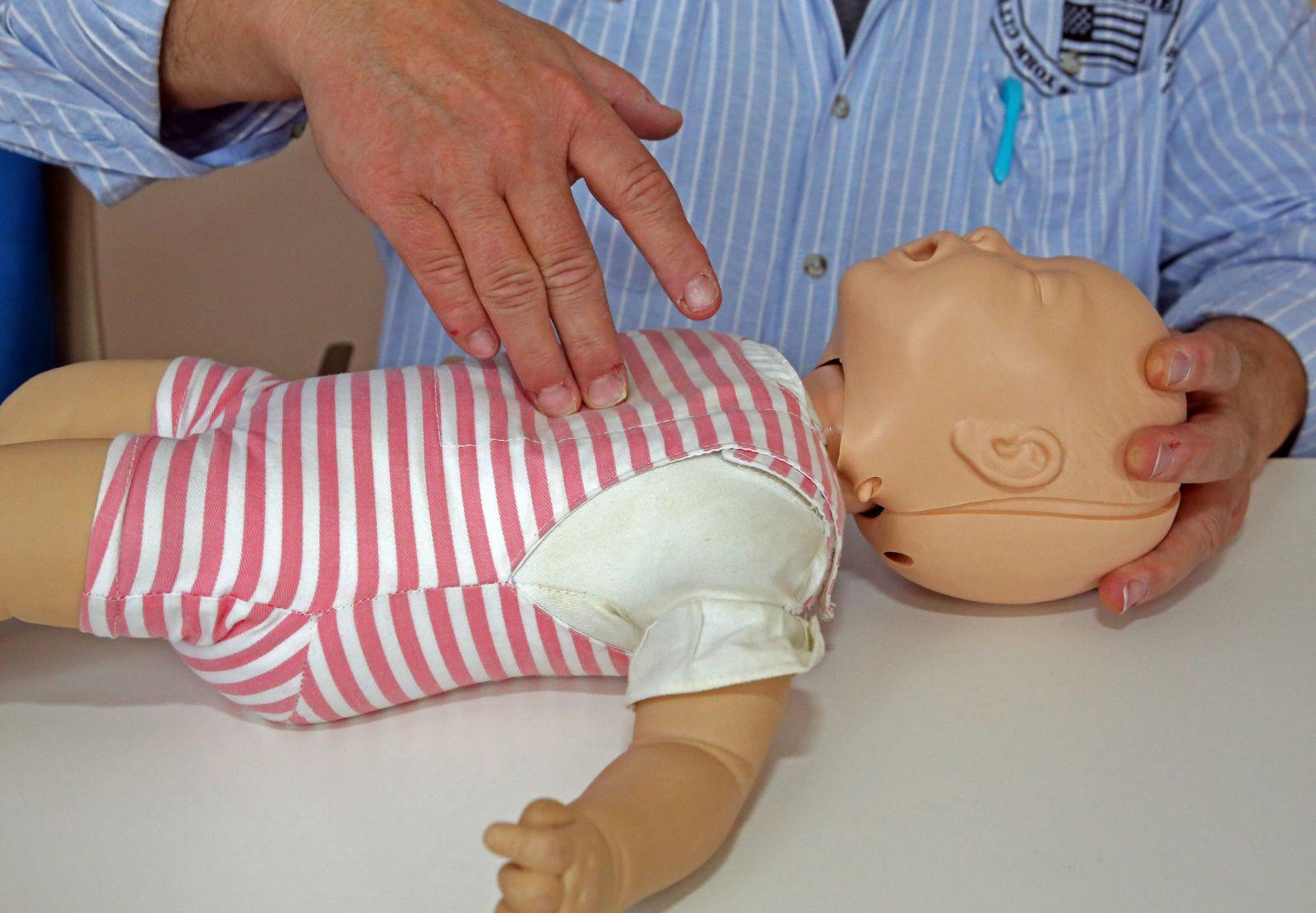 Erste Hilfe am Kind 03