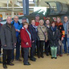 Der Traum vom Fliegen: Senioren besuchen Luftfahrtausstellung