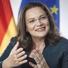 Bundesarbeitsministerin Andrea Nahles referiert im Forum für Politik und Kultur