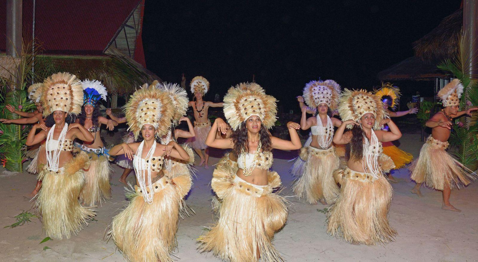 tahitianische-tanzgruppe-foto-heinz-juettner