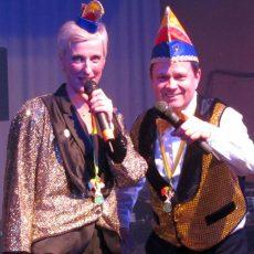 Generalprobe: '99er Narren haben sich für große Karnevalsfeier warm geschunkelt