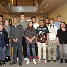 Teilnehmer der Jugendwerkstatt LABORA besuchen den Bundestag