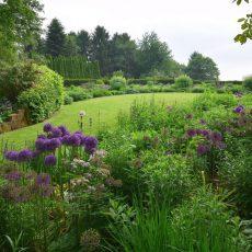 Prosa und Lyrik im herrlichen Gartenambiente erleben