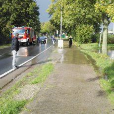 Gewitterschauer setzt Straßen teilweise unter Wasser