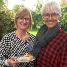 Frühschoppen im bayrischen Stil lockt zahlreiche Gäste zur Petrusgemeinde