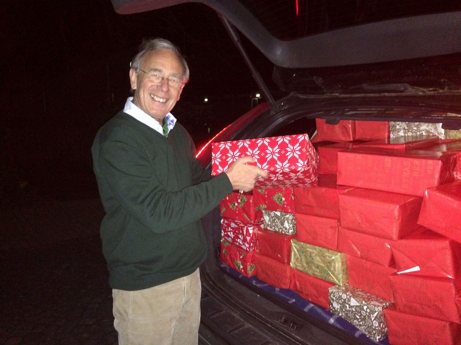 Über 150 Weihnachtsgeschenke für Bedürftige | Deister Echo