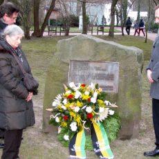 Holocaust-Gedenktag: Die Kranzniederlegung findet am 27. Januar zwischen Rathaus und Kloster statt