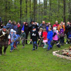Walpurgisfest im Wisentgehege wird mit Hexen und Zauberern gefeiert