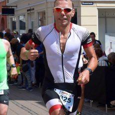 Triathlet Ernst Wildhagen belegt bei der EM in Dänemark einen hervorragenden 7. Platz