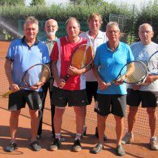 Reichlich Erfahrung im Tennisarm: Munzeler Herren 60 winkt der Aufstieg in die Verbandsklasse
