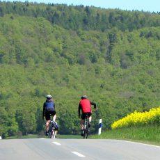 Fahrradtour vom ADFC hat den Forellenhof Hellendorf als Ziel