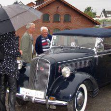 1. Oldtimer-Treff fasziniert die Liebhaber alter Fahrzeuge