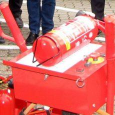 Siedler und FFW Hohenbostel überprüfen die Feuerlöscher