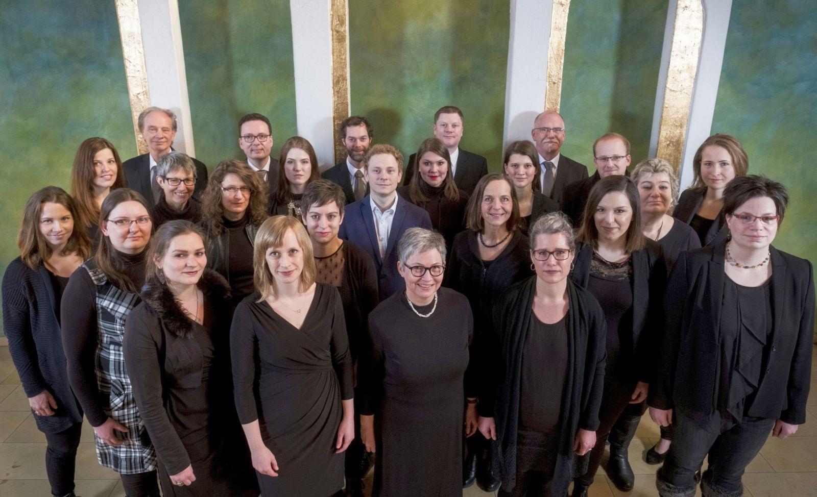 A-cappella-Chor Acûstico gibt ein festliches Konzert in der ...