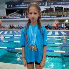 Schwimmerin Alessia Krampen räumt Titel auf Landesebene ab