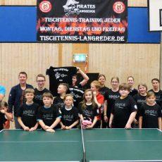 Langreders Tischtennis-Jugend wird neu eingekleidet
