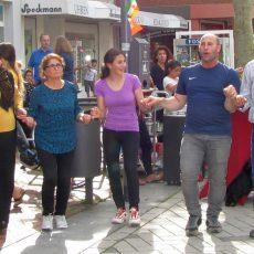 Midsommar-Shopping entwickelt sich zum Publikumsmagnet in der Innenstadt