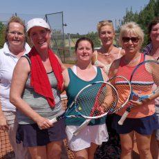 Tennisdamen von Grün-Weiß Goltern machen den Aufstieg perfekt