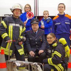 Kirchdorfer Ortsfeuerwehr veranstaltet Adventsmarkt für die ganze Familie