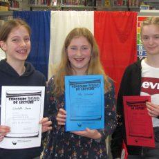 Nele Schreiber gewinnt den Französisch-Vorlesewettbewerb am Hannah-Arendt-Gymnasium