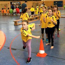 Grundschul-EM: 120 Mädchen und Jungen sind im Handball-Fieber
