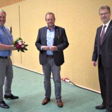 Stadtrat Thomas Wolf folgt als Vorsitzender der Volkshochschule auf Torsten Kölle