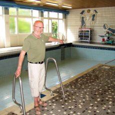 Lehrschwimmbecken wird für die Wiedereröffnung am 28. August vorbereitet