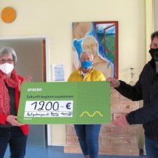 """Spende statt Weihnachtsfeier: Avacon-Mitarbeiter unterstützen Hospizdienst """"Aufgefangen"""" mit 1200 Euro"""