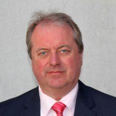 Rat: Henning Schünhof als Bürgermeister vereidigt sowie Ortsbrandmeister und deren Stellvertreter ernannt