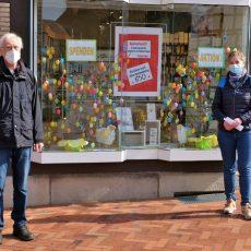Glück-Auf-Apotheke unterstützt mit Osterspende das Freiwilligenzentrum Barsinghausen