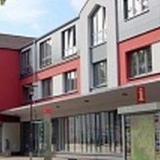 Expertin des Senioren- und Pflegestützpunktes berät in Barsinghausen