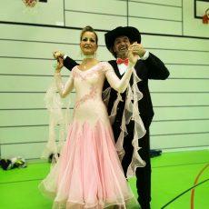 Linedance: Dagmar Raddatz holt zwei Deutsche Meistertitel für den TSV Goltern